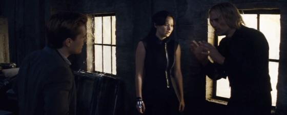 Catching Fire teaser trailer - Peeta Mellark and Katniss