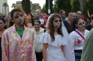 San Diego Comic Con 2013 Zombie Walk Bride Ex-Wife