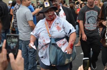 San Diego Comic Con 2013 Zombie Walk Mail Woman