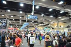 San Diego Comic Con 2013 Thursady Convention Floor Crowd