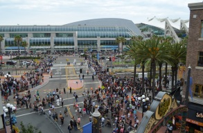 San Diego Comic-Con Friday Crowd