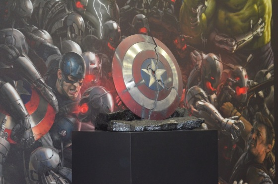 Comic-Con 2014 Marvel Studios Booth Captain America Shield Cracked