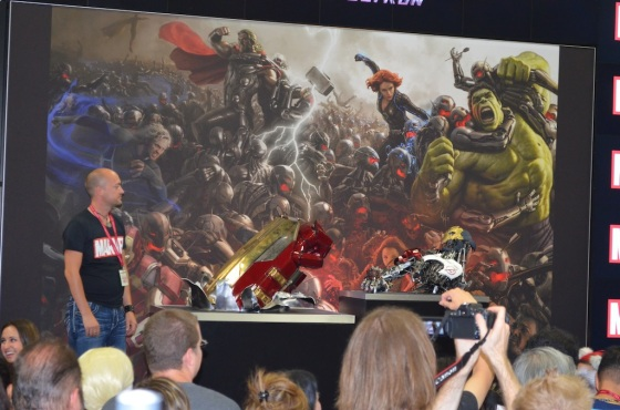 Comic-Con 2014 Marvel Studios Booth Hulkbuster and Ultron