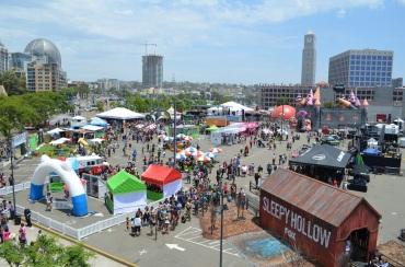 Comic-Con 2014 Petco Park Lot