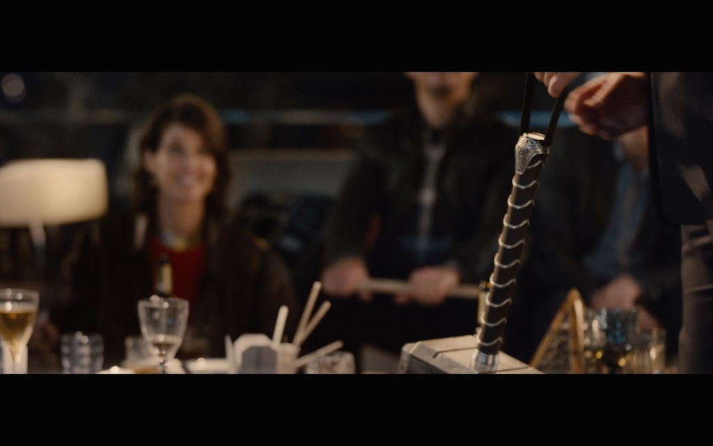 Avengers Age of Ultron Screenshot Thor Mjolnir