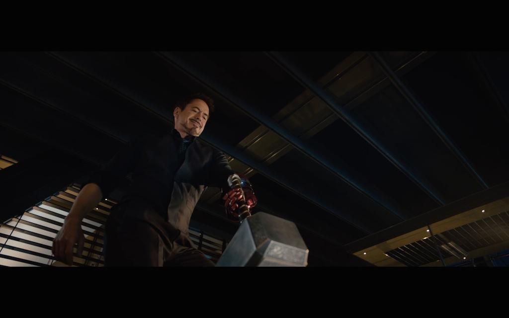 Avengers Age of Ultron Screenshot Tony Stark Robert Downey Jr. 5