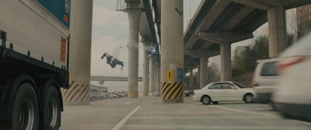 Avengers Age of Ultron Movie Screenshot Robots 1