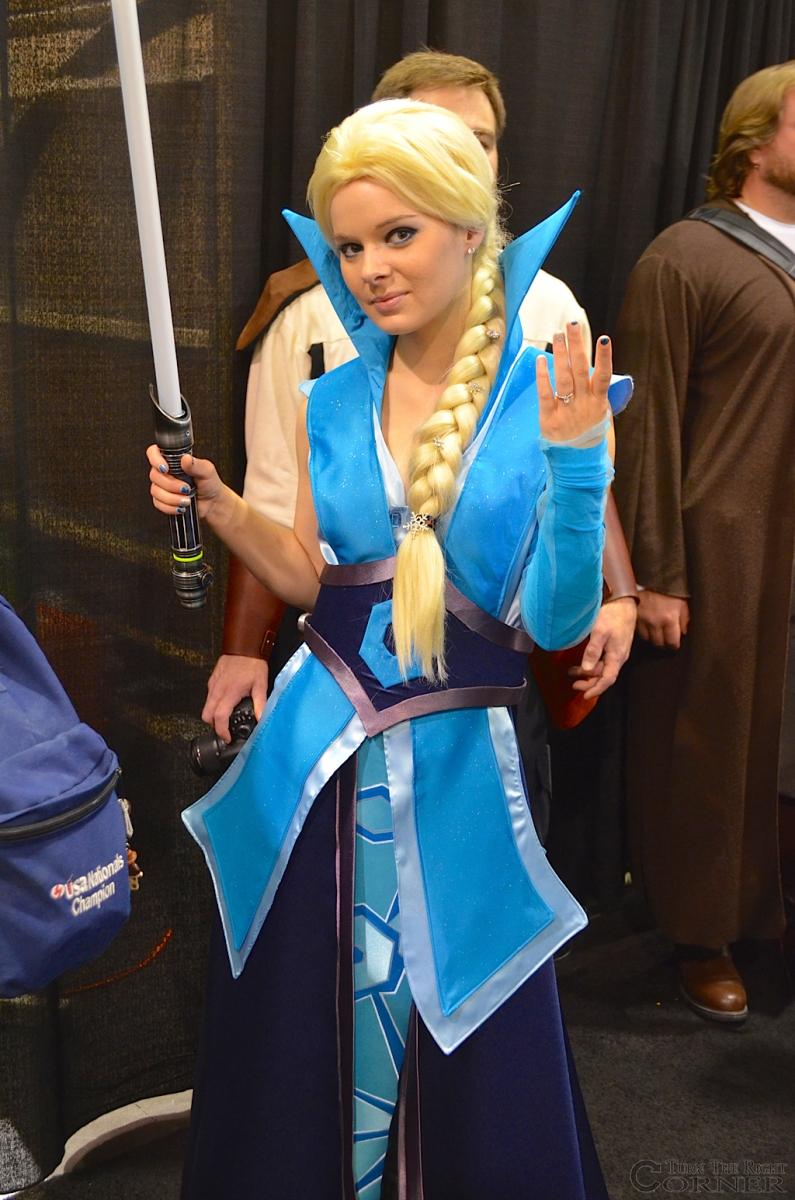 Star Wars Celebration 2015 Frozen Elsa Jedi 2