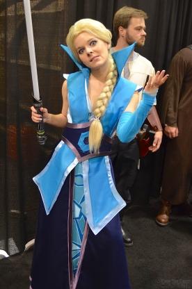 Star Wars Celebration 2015 Frozen Elsa Jedi Funny