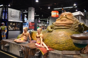 Star Wars Celebration 2015 Jabba the Hutt Slave Leia