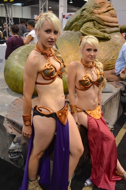 Star Wars Celebration 2015 Slave Leias