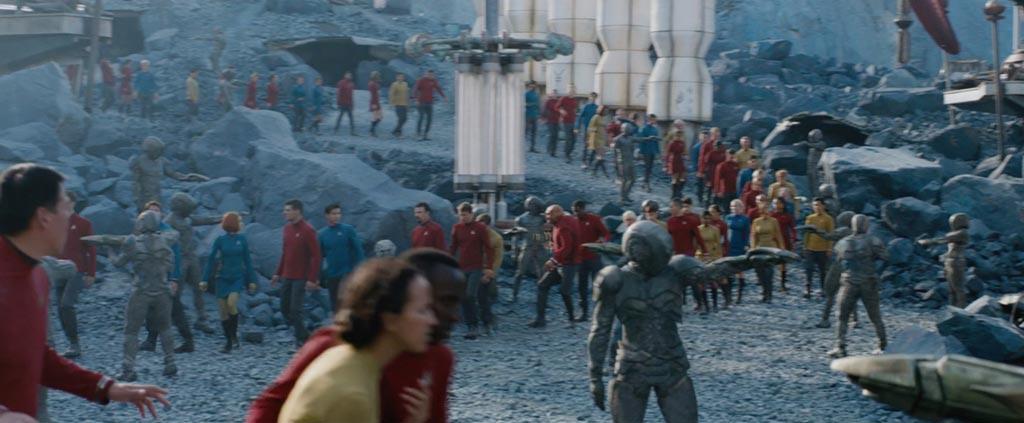 Star Trek Beyond Teaser Screenshot Enterprise Crew