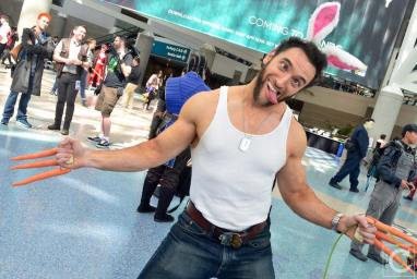 WonderCon 2016 Cosplay Funny Outtakes 1 Wolverine Lonstermash