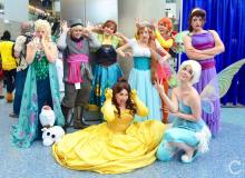 WonderCon 2016 Cosplay Funny Outtakes 106 Disney Group