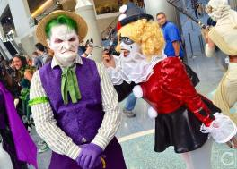 WonderCon 2016 Cosplay Funny Outtakes 107 Grandpa Joker Harley Quinn