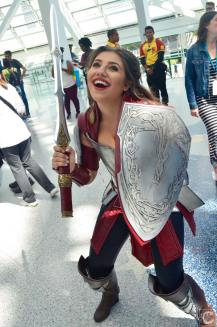 WonderCon 2016 Cosplay Funny Outtakes 15 Lady Sif Thor