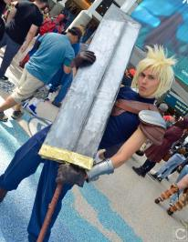 WonderCon 2016 Cosplay Funny Outtakes 22 Cloud Strife FFVII