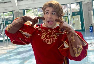 WonderCon 2016 Cosplay Funny Outtakes 3 Prince Edward