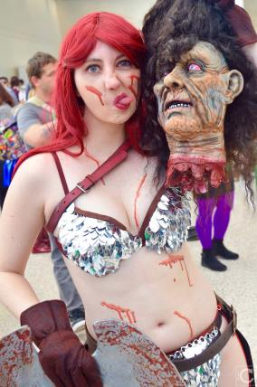 WonderCon 2016 Cosplay Funny Outtakes 33 Red Sonja