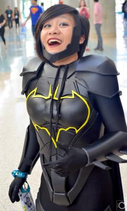 WonderCon 2016 Cosplay Funny Outtakes 38 Batgirl