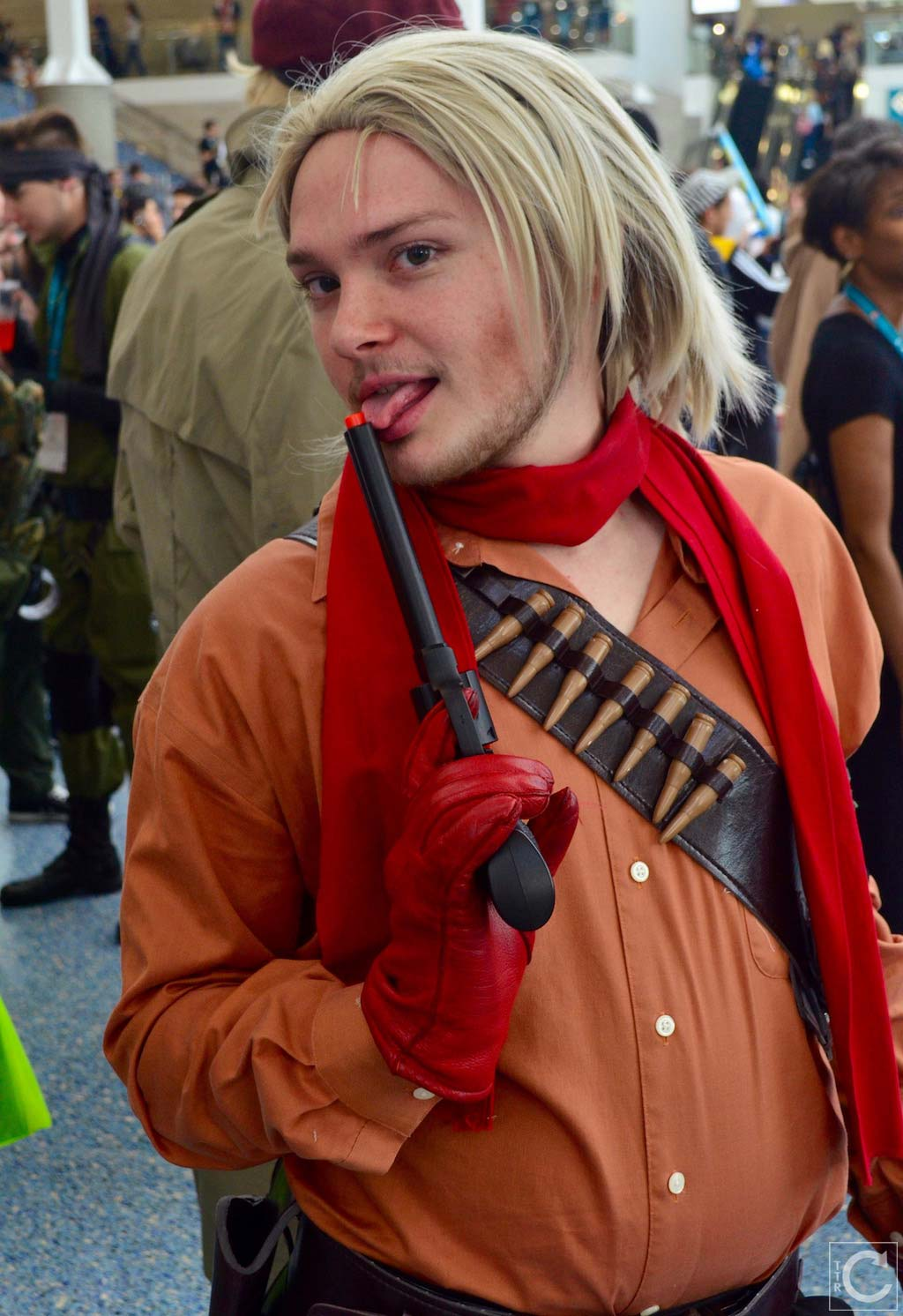 Wondercon 2016 Cosplay Funny Outtakes 47 Revolver Ocelot Turn The
