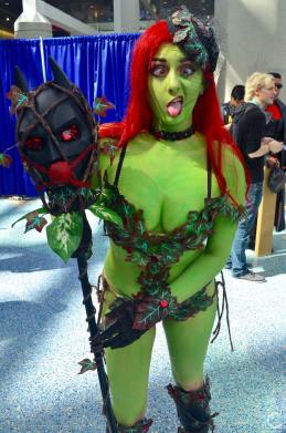 WonderCon 2016 Cosplay Funny Outtakes 50 Poison Ivy