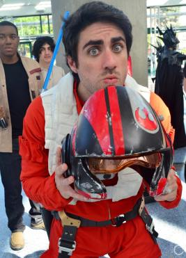 WonderCon 2016 Cosplay Funny Outtakes 77 Poe Dameron Star Wars the Force Awakens