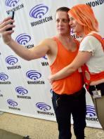 WonderCon 2016 Cosplay Funny Outtakes 83 Korben Dallas Leeloo