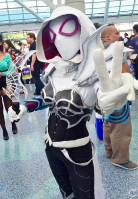 WonderCon 2016 Cosplay Funny Outtakes 89 Hendo Warrior Spider-Gwen