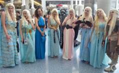 WonderCon 2016 Cosplay Funny Outtakes 91 Daenerys Game of Thrones Group