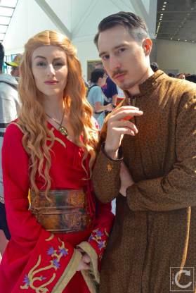 WonderCon Cosplay Saturday 2016 24 Cersei Lannister Little Finger Game of Thrones
