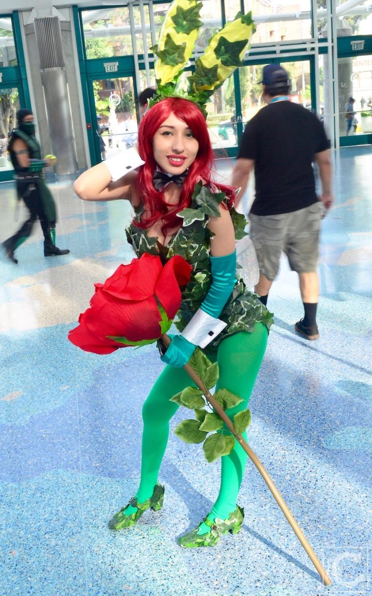 WonderCon Cosplay Sunday 2016 78 Poison Ivy Bunny