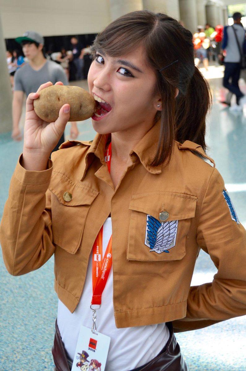 Anime Expo 2016 Cosplay Funny 9 Sasha Blouse Attack on Titan