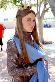 san-diego-comic-con-2016-cosplay-127-margaery-tyrell-game-of-thrones