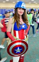 san-diego-comic-con-2016-cosplay-143-lady-captain-america