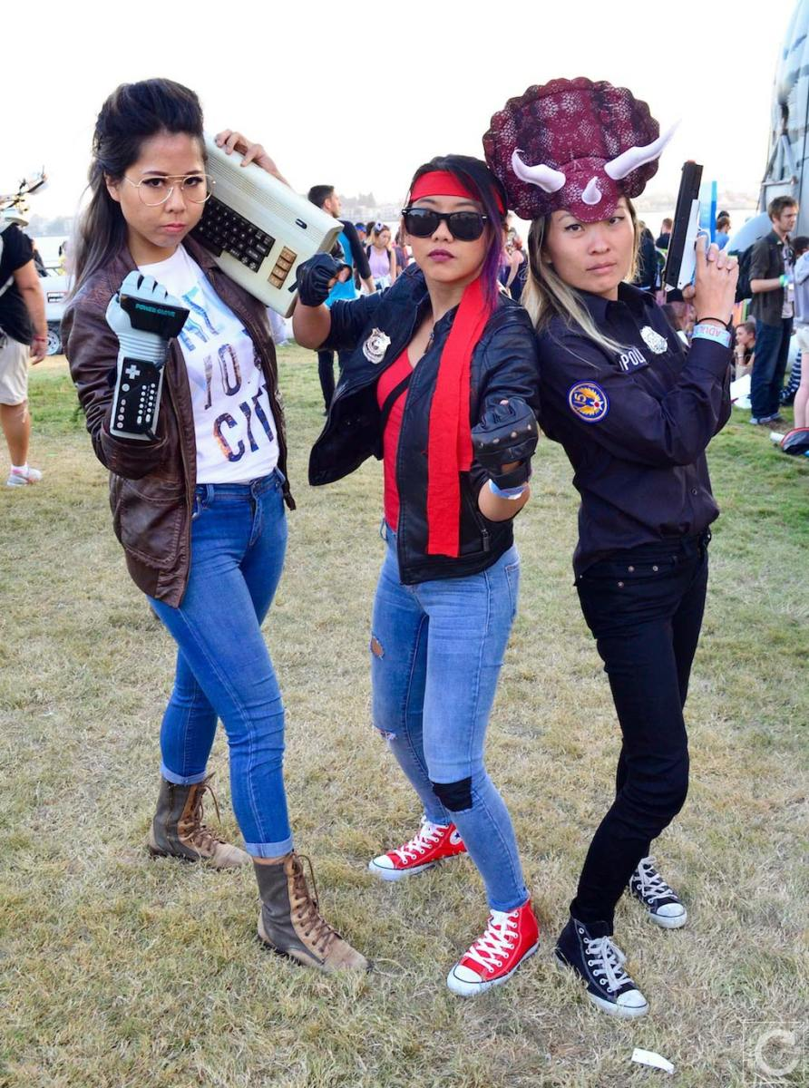 san-diego-comic-con-2016-cosplay-174-kung-fury-triceracops-hackerman
