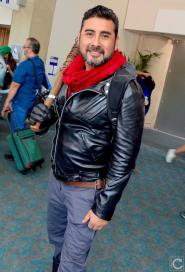 san-diego-comic-con-2016-cosplay-33-negan-walking-dead