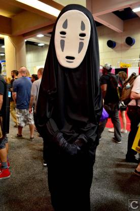 san-diego-comic-con-2016-cosplay-39-no-face-spirited-away