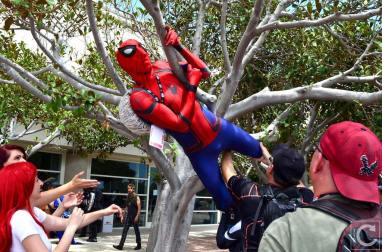 san-diego-comic-con-2016-cosplay-outtakes-30-spider-man