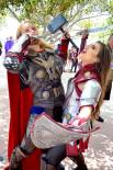 san-diego-comic-con-2016-cosplay-outtakes-37-sif-thor
