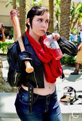 WonderCon 2017 Cosplay Funny Fem Negan The Walking Dead