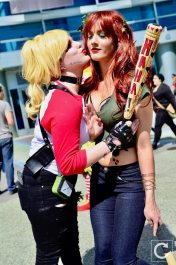 WonderCon 2017 Cosplay Funny Poiso Ivy and Harley Quinn