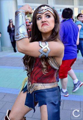 WonderCon 2017 Cosplay Funny Wonder Woman