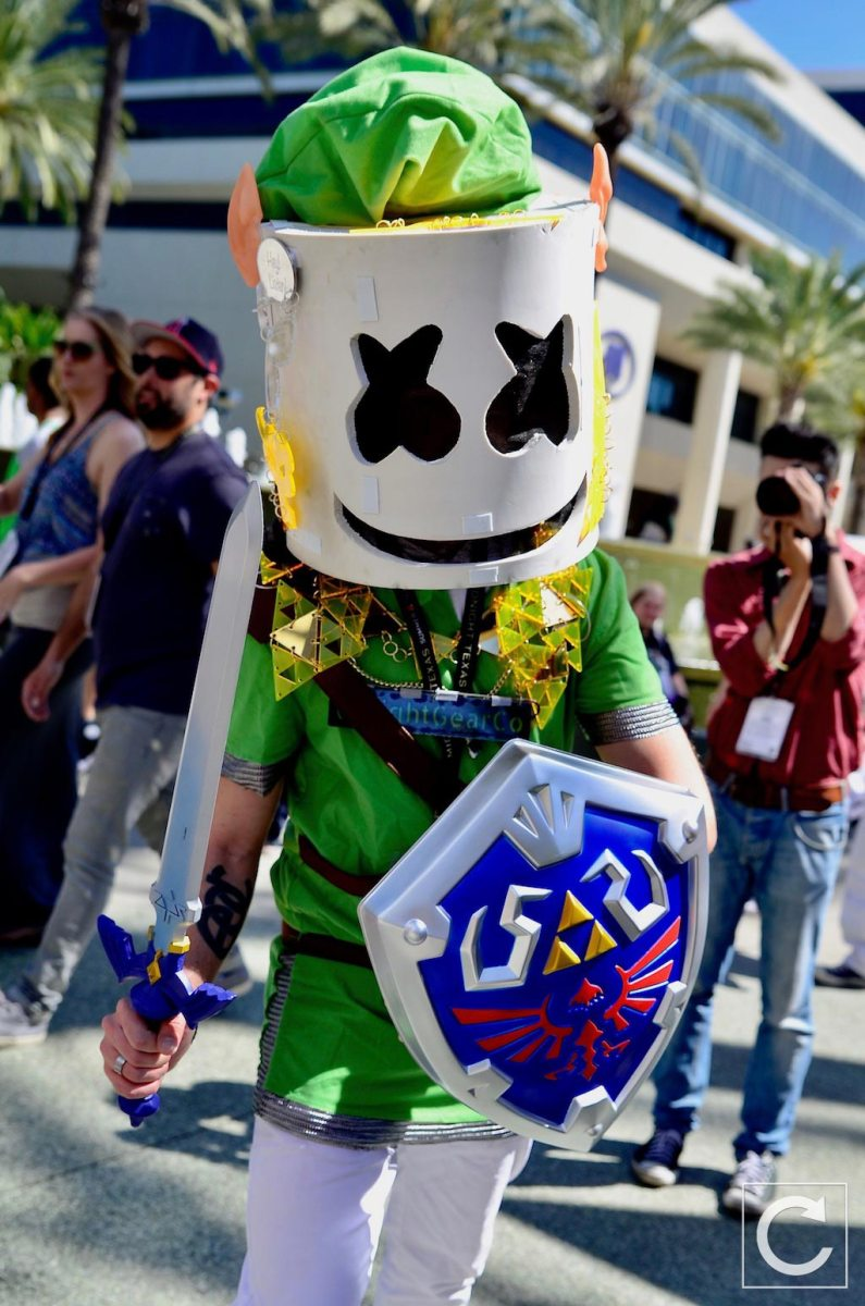 WonderCon 2017 Cosplay Marshmello Link