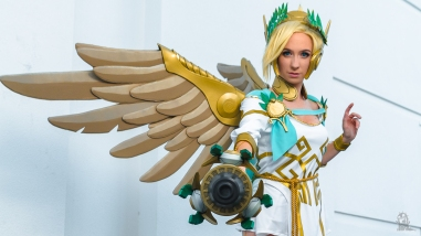 Anime Los Angeles 2018 Cosplay Mercy Overwatch